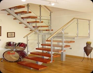 Transmobili escaleras construidas de madera maciza for Escaleras de material y madera
